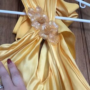 Cache yellow formal / prom dress